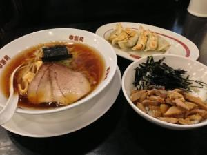 中華そば+チャーシュー丼セット(724円)